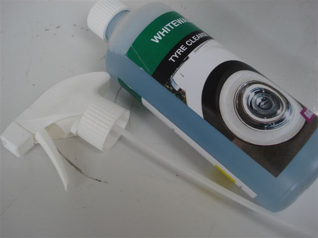Tyre Whitewall Cleaner